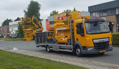 How to Transport Aerial Work Platforms To A Job Site